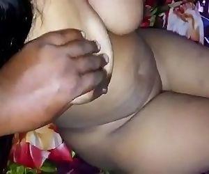 Horny Desi big boobs..