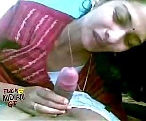 indian wife sucking..