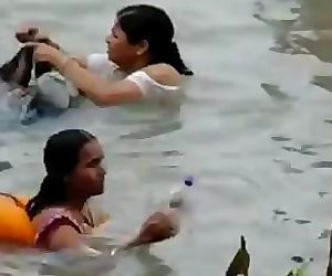 INDIAN - GANGA bathing..