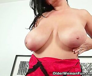 Sultry milf with big..