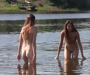Curvy young nudist lets..