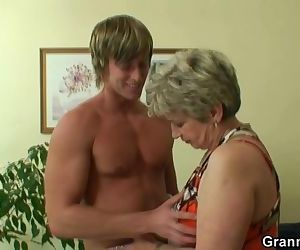 Old woman pleases hot..