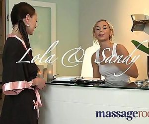 Massage Rooms Blonde..