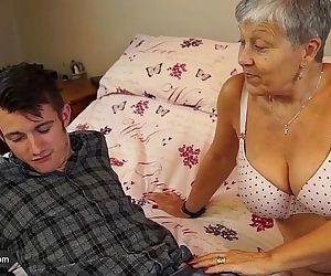 Old lady Savana fucked..