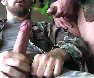 Militaire en branle..