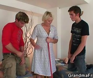 Hot threesome with old..