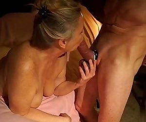 GREAT MILF BLOWJOB - 2..