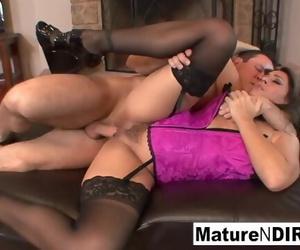 Sexy Mature Sluts get..