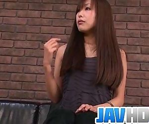 Sleazy teen kneels and..