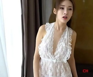Chinese Model:..