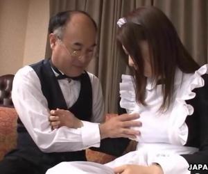 Asian sexy babe fucking..