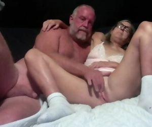 Hot MILF makes out with..