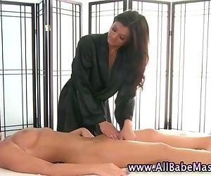 Hot lesbo masseuse..