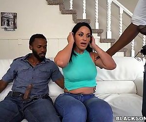 2 Black dicks for momHD