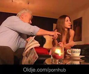 Grey grandpa fucks anal..