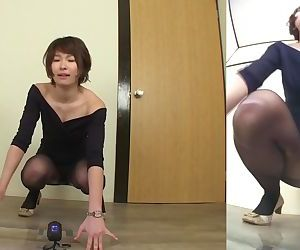 Japanese woman fails to..