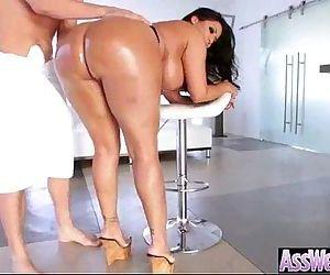 Big Curvy Butt Girl Get..