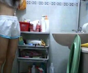 hiddencam young girl in..