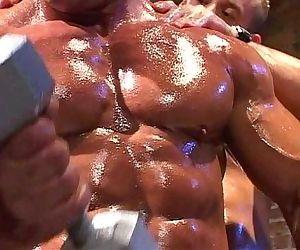 Muscle god Tom Katt..