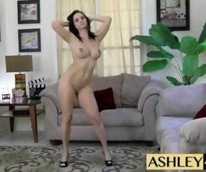 Dancing Nude Ashley..