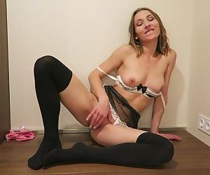 Housewife wet pussy