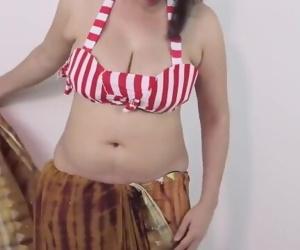 Hot GIRLS SEXY BOOBS..