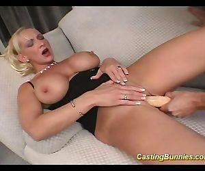 Casting this big tits..