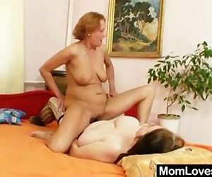 Extremely horny amateur..