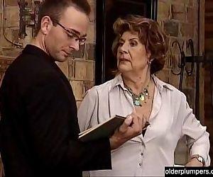 Granny seducing horny..