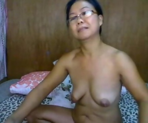 filipina granny showing..