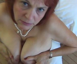 Fucking a GILF slut in..