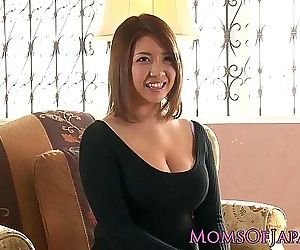 Mature japanese mommy..