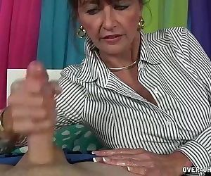 Morning Milf HandjobHD