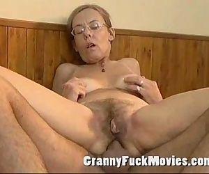 Old granny fucked hard..