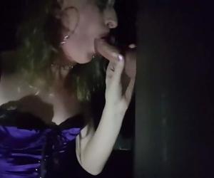 Essex Girl Lisa sucks..