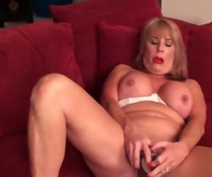 Sexy mature lady porn..