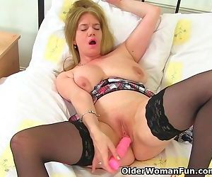 British milf Lily cant..