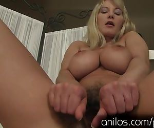 Vanessa Sweets has some..