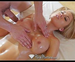 PureMatureHot milf..