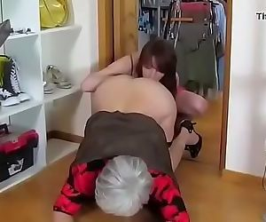 Forced mom abused! 15 min