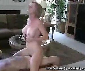 Fucking Amateur Granny..