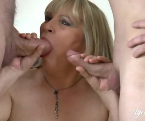 AgedLovE Threesome..