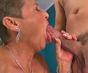 Hot Grannies Sucking..