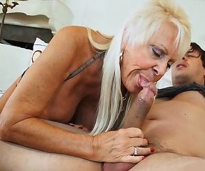 الجدة اللسان