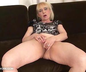 Granny Porn Old Woman..