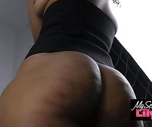 Big Butt Indian Babe..