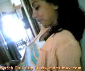 desi girl home scandal..