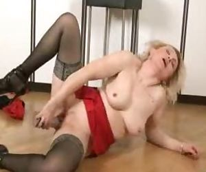Mature mom at home..