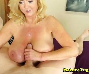 Bigtitted mature gives..