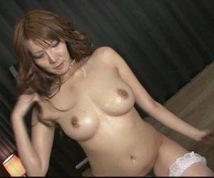 Stunning babe Yuna..